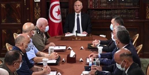 Tormenti tunisini, Saied chiede la calma ed avvia il dialogo con le forze in campo. Verso un governo del presidente?