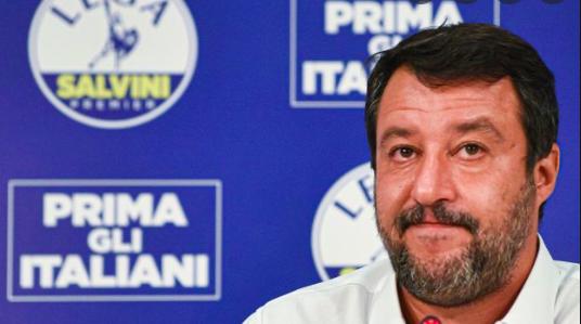 """Salvini a Draghi: """"Lamorgese blocchi gli sbarchi o ne tragga le conseguenze"""""""