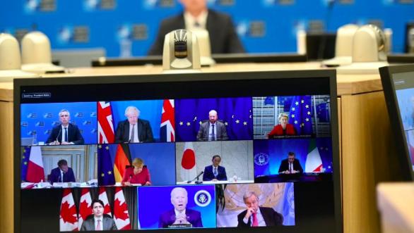 """G7: Biden conferma ritiro da Afghanistan il 31 agosto mentre gli alleati fanno retorica. I Talebani e i diritti umani: """"le donne per ora devono restare a casa"""""""