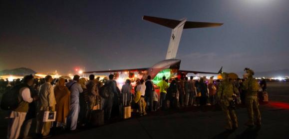 Tra gli evacuati di Kabul probabili terroristi dell'Isis
