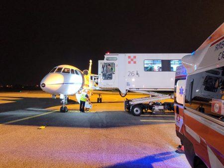 Aeronautica: trasportato d'urgenza da Brindisi a Milano un uomo in pericolo di vita